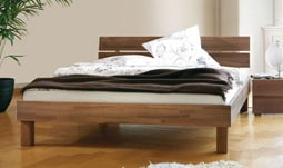 bettrahmen und wasserbett im set. Black Bedroom Furniture Sets. Home Design Ideas