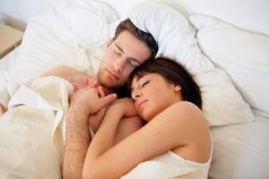 schlafen-im-bett